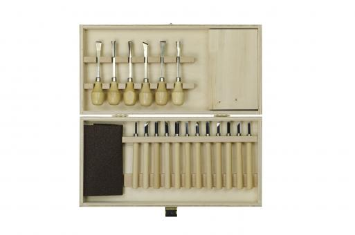 Carving set in wooden case
